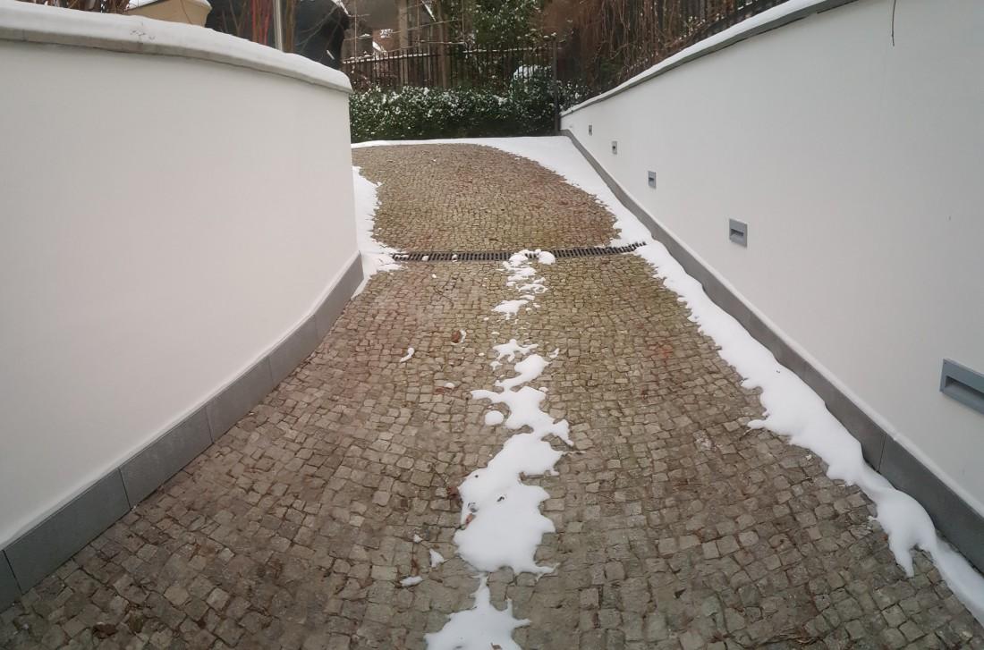 Efekty ogrzewania zjazdu do garażu Żoliborz